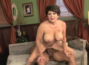 50 plus Cougars - Bea Cummins..
