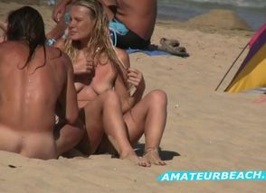 Beach spycam amateurs public..