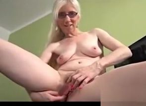 Mature Ash-blonde Solo Onanism