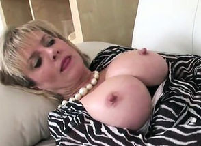Adulterous brit mature damsel..